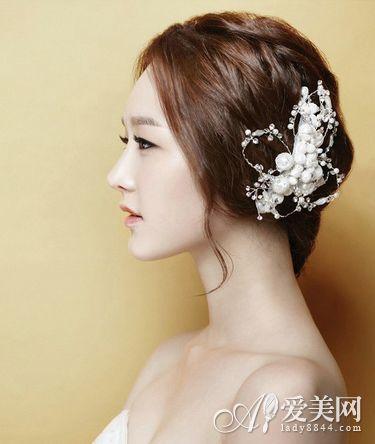 浪漫韩式新娘发型 打造婚礼俏娇娘-新娘发型-婚嫁百科