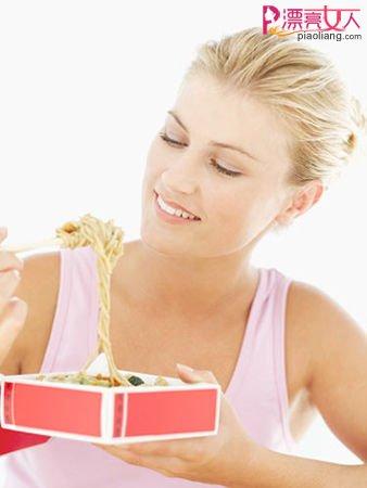 吹吹头发也减肥 懒人最爱16个另类燃脂法