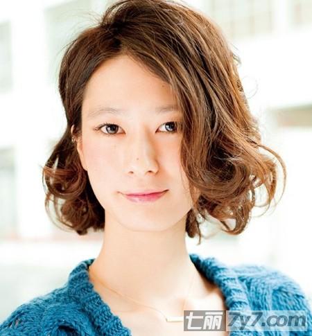 大脸方脸适合什么短发发型图片 日本职场女性杂志强力推荐图片