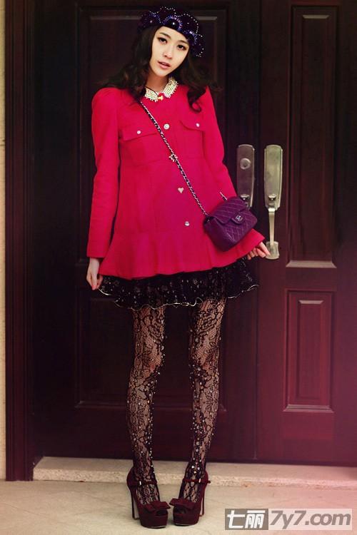 2012街拍街头美女 欧美范时尚女装搭配秒街