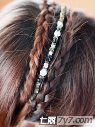 森女系简单编发发型步骤