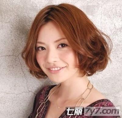 夏季流行的女生波波头发型 非常具空气感的三款造型