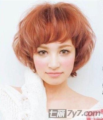 2012夏季瘦脸短发发型 清爽减龄拒绝大饼脸