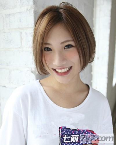 推荐2012女学生时尚潮流短发发型 专属你的小图片