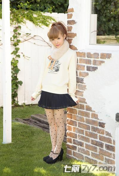益若翼2013春装甜美搭配 教你矮个子娇小女生穿衣搭配