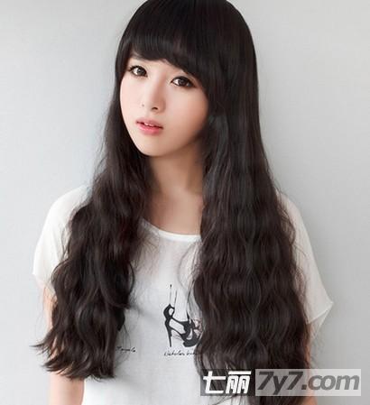长脸女生适合什么发型 韩式蛋卷头烫发最流行
