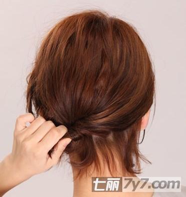 矮个子女生短发发型编发教程 轻松步骤时尚又俏丽