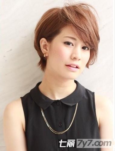 日系女生短发发型图片