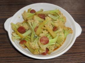 香肠炒花菜