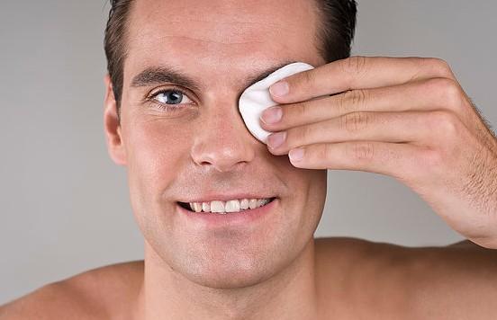 4種超常規的男士護膚法